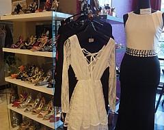 タンゴシューズ・ドレスの販売コーナー